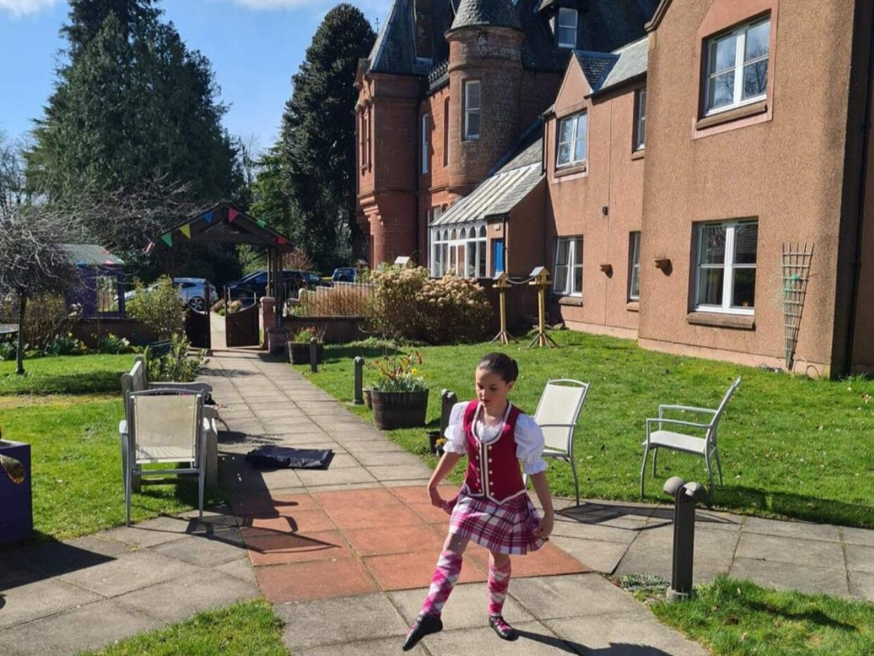 Lisden resident's great-niece brings smiles with lively highland dance performance